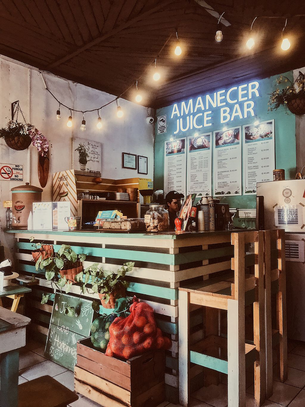 "Photo of Amanecer Juice Bar  by <a href=""/members/profile/IndreArbataityte"">IndreArbataityte</a> <br/>Juice bar <br/> February 22, 2018  - <a href='/contact/abuse/image/75725/362545'>Report</a>"
