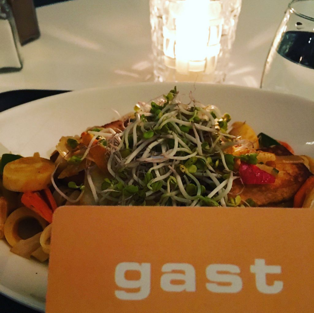 """Photo of Gast  by <a href=""""/members/profile/skwirl"""">skwirl</a> <br/>The mango chili wok with tofu <br/> April 9, 2017  - <a href='/contact/abuse/image/75751/246515'>Report</a>"""