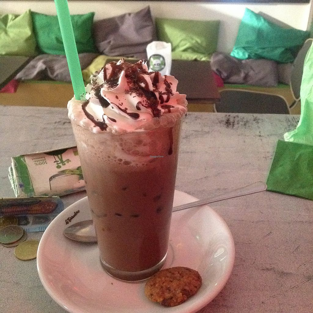 """Photo of Bämeräng  by <a href=""""/members/profile/LouisePallesen"""">LouisePallesen</a> <br/>Ice chocolate milk <br/> May 29, 2017  - <a href='/contact/abuse/image/75888/264024'>Report</a>"""