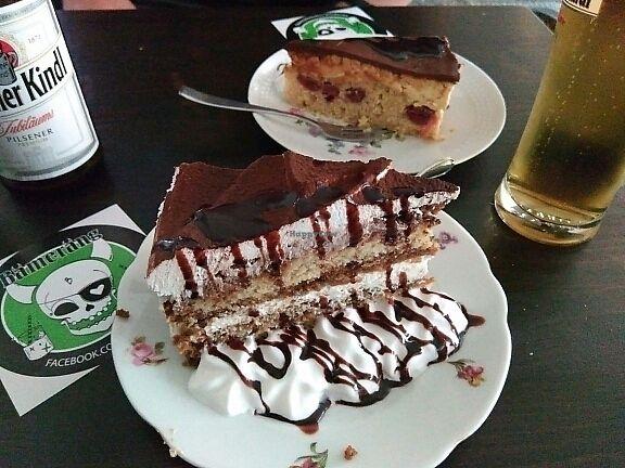 "Photo of Bämeräng  by <a href=""/members/profile/Miggi"">Miggi</a> <br/>Tiramisu cake <br/> June 8, 2017  - <a href='/contact/abuse/image/75888/267040'>Report</a>"