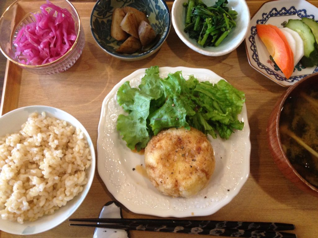 "Photo of Tsuyukusa  by <a href=""/members/profile/Nmcnevin"">Nmcnevin</a> <br/>A typical lunch set <br/> July 23, 2016  - <a href='/contact/abuse/image/75982/161678'>Report</a>"