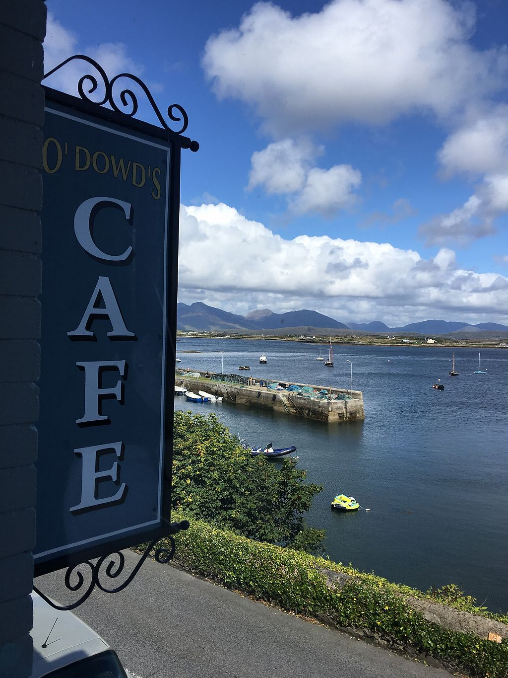 """Photo of O Dowds Cafe  by <a href=""""/members/profile/Picto"""">Picto</a> <br/>beautiful views upstairs <br/> August 15, 2017  - <a href='/contact/abuse/image/76014/292950'>Report</a>"""