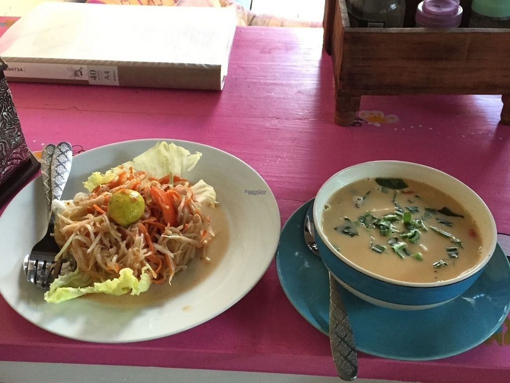 "Photo of Bodhi Tree Cafe 2  by <a href=""/members/profile/peterstuckings"">peterstuckings</a> <br/>Papaya salad on left, Tom Yam soup on right  <br/> October 21, 2016  - <a href='/contact/abuse/image/76071/183371'>Report</a>"
