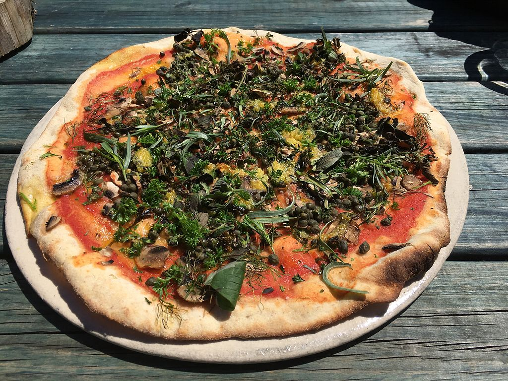 "Photo of Castle Farm Cafe  by <a href=""/members/profile/Mandz2000"">Mandz2000</a> <br/>Vegan pizza with mushrooms. Delicious! <br/> July 7, 2017  - <a href='/contact/abuse/image/76073/277380'>Report</a>"