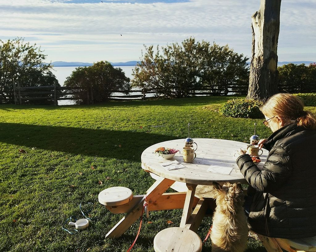 """Photo of La Bette a Cath  by <a href=""""/members/profile/Jvangurp"""">Jvangurp</a> <br/>the view from one of the neato round picnic tables <br/> October 1, 2017  - <a href='/contact/abuse/image/76074/310338'>Report</a>"""