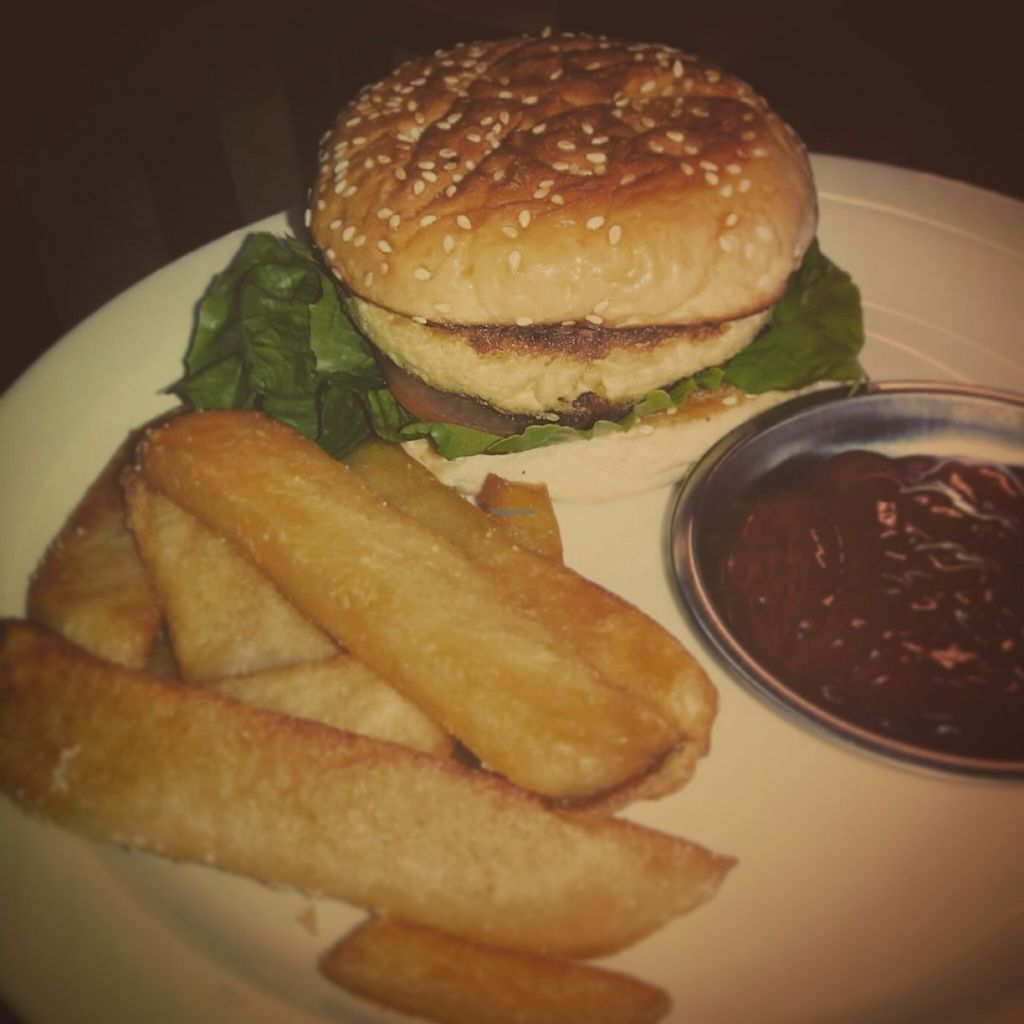 "Photo of Wrong Place   by <a href=""/members/profile/missliey"">missliey</a> <br/>Vegan tofu burger with fries <br/> July 12, 2016  - <a href='/contact/abuse/image/76285/159355'>Report</a>"