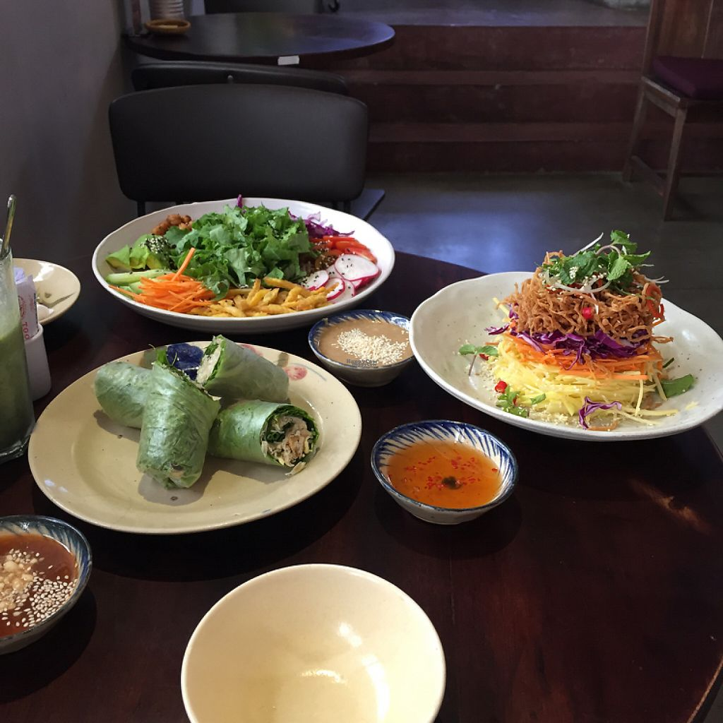 """Photo of Pi Vegetarian Bistro  by <a href=""""/members/profile/D0mmi"""">D0mmi</a> <br/>Yummy! Try the green Mango Salad! <br/> April 21, 2017  - <a href='/contact/abuse/image/76356/250456'>Report</a>"""