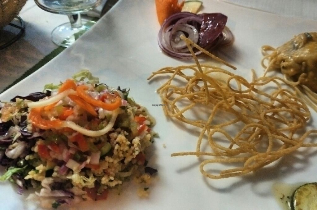 "Photo of CLOSED: Daniela - Creative Vegan Cuisine  by <a href=""/members/profile/J.Airam"">J.Airam</a> <br/>Muy bueno <br/> July 13, 2016  - <a href='/contact/abuse/image/76361/159504'>Report</a>"