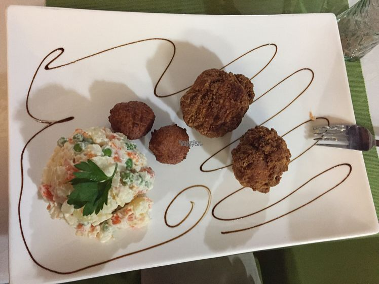 """Photo of CLOSED: Daniela - Creative Vegan Cuisine  by <a href=""""/members/profile/Capedamon"""">Capedamon</a> <br/>KFC - kruelty free chicken! with Russian salad <br/> October 6, 2016  - <a href='/contact/abuse/image/76361/180112'>Report</a>"""