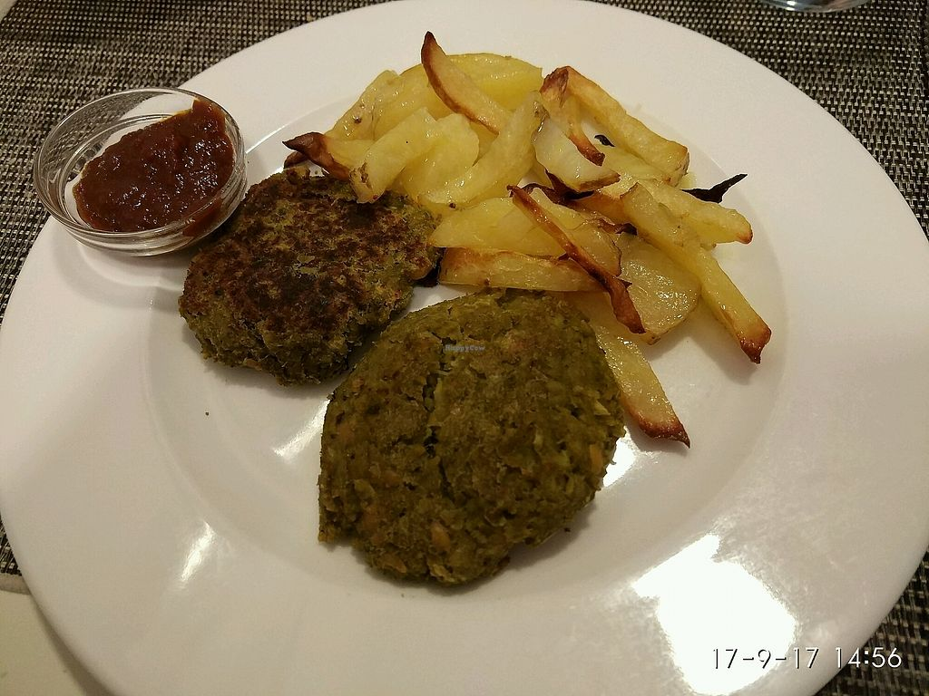 """Photo of Camino Vegano  by <a href=""""/members/profile/Aquilesgc"""">Aquilesgc</a> <br/>Hamburguesas <br/> October 4, 2017  - <a href='/contact/abuse/image/76370/311848'>Report</a>"""