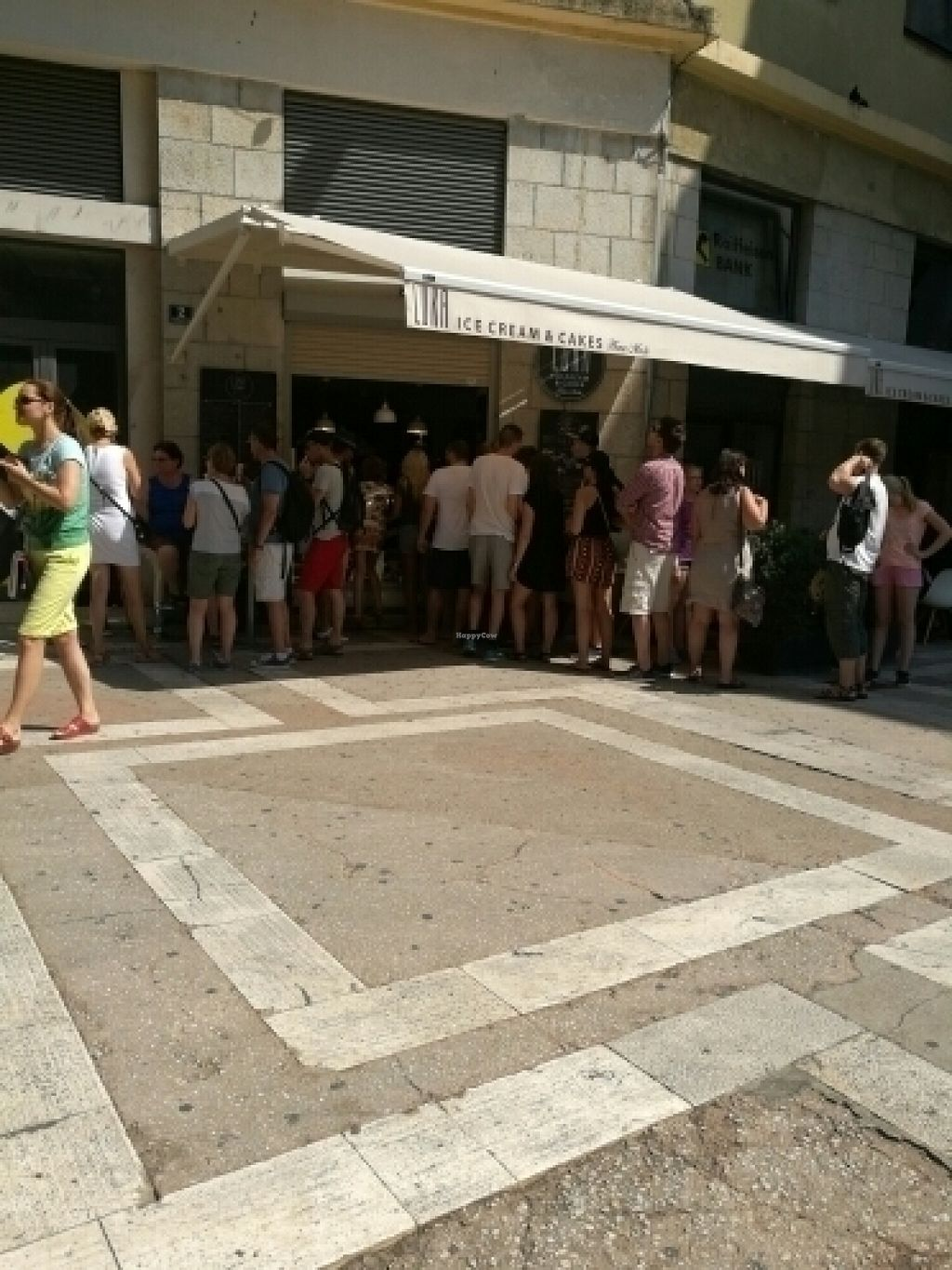 """Photo of Luka Ice Cream & Cakes  by <a href=""""/members/profile/YoungJa"""">YoungJa</a> <br/>never ending line for luka ice cream  <br/> July 29, 2016  - <a href='/contact/abuse/image/76434/163179'>Report</a>"""