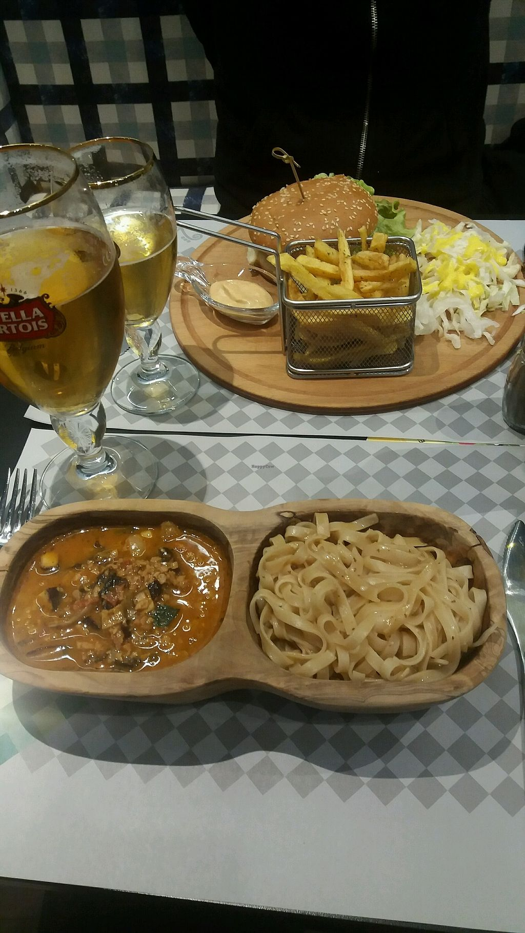 """Photo of Veggies  by <a href=""""/members/profile/Kamilsson"""">Kamilsson</a> <br/>burger with fries and noodles <br/> March 23, 2018  - <a href='/contact/abuse/image/76477/374973'>Report</a>"""