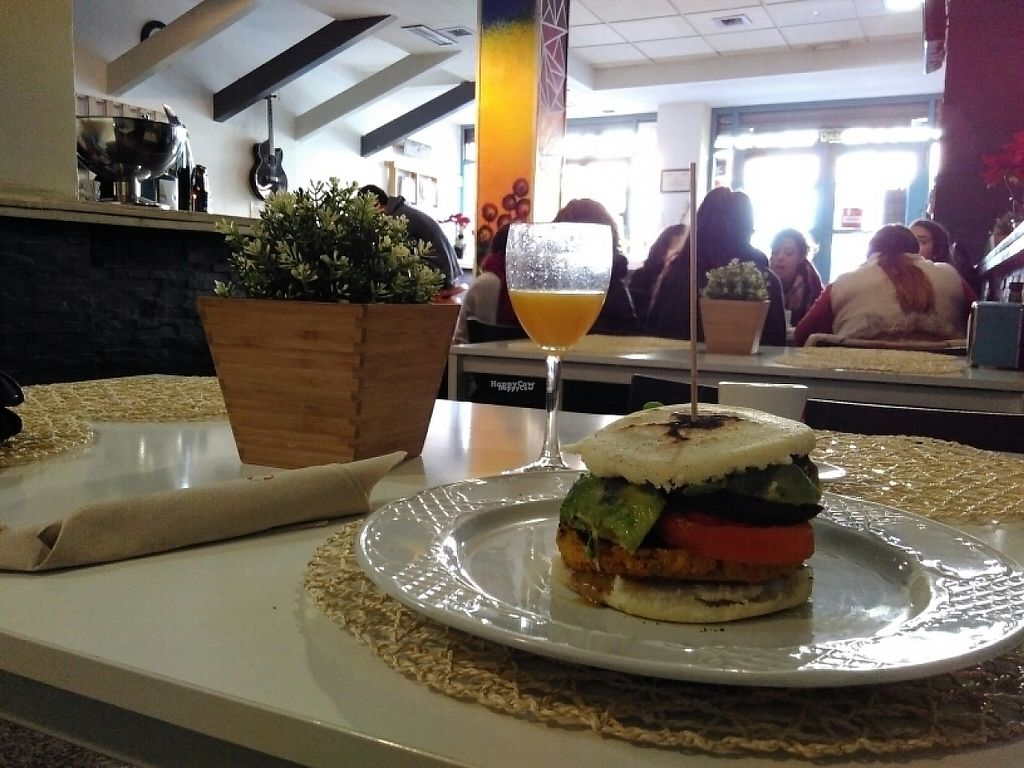"""Photo of Cookaluzka  by <a href=""""/members/profile/tengil"""">tengil</a> <br/>Arepa burger <br/> January 23, 2017  - <a href='/contact/abuse/image/76497/215437'>Report</a>"""