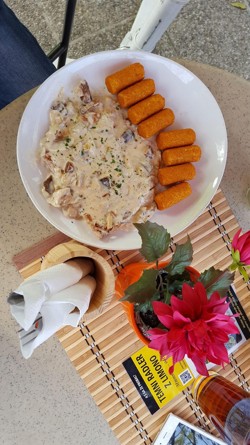 "Photo of Pizzerija Romano  by <a href=""/members/profile/Seiashun"">Seiashun</a> <br/>Seitan ""steak"" in a mushroom sauce with potato croquettes <br/> October 21, 2017  - <a href='/contact/abuse/image/76507/317381'>Report</a>"