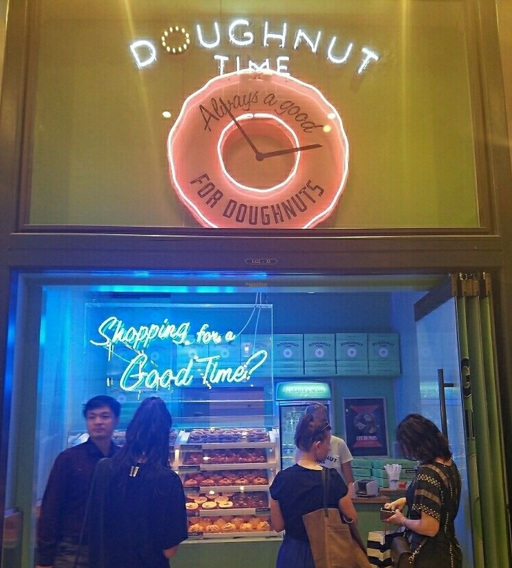 """Photo of CLOSED: Doughnut Time  by <a href=""""/members/profile/EverydayTastiness"""">EverydayTastiness</a> <br/>store front <br/> December 30, 2016  - <a href='/contact/abuse/image/76519/248214'>Report</a>"""