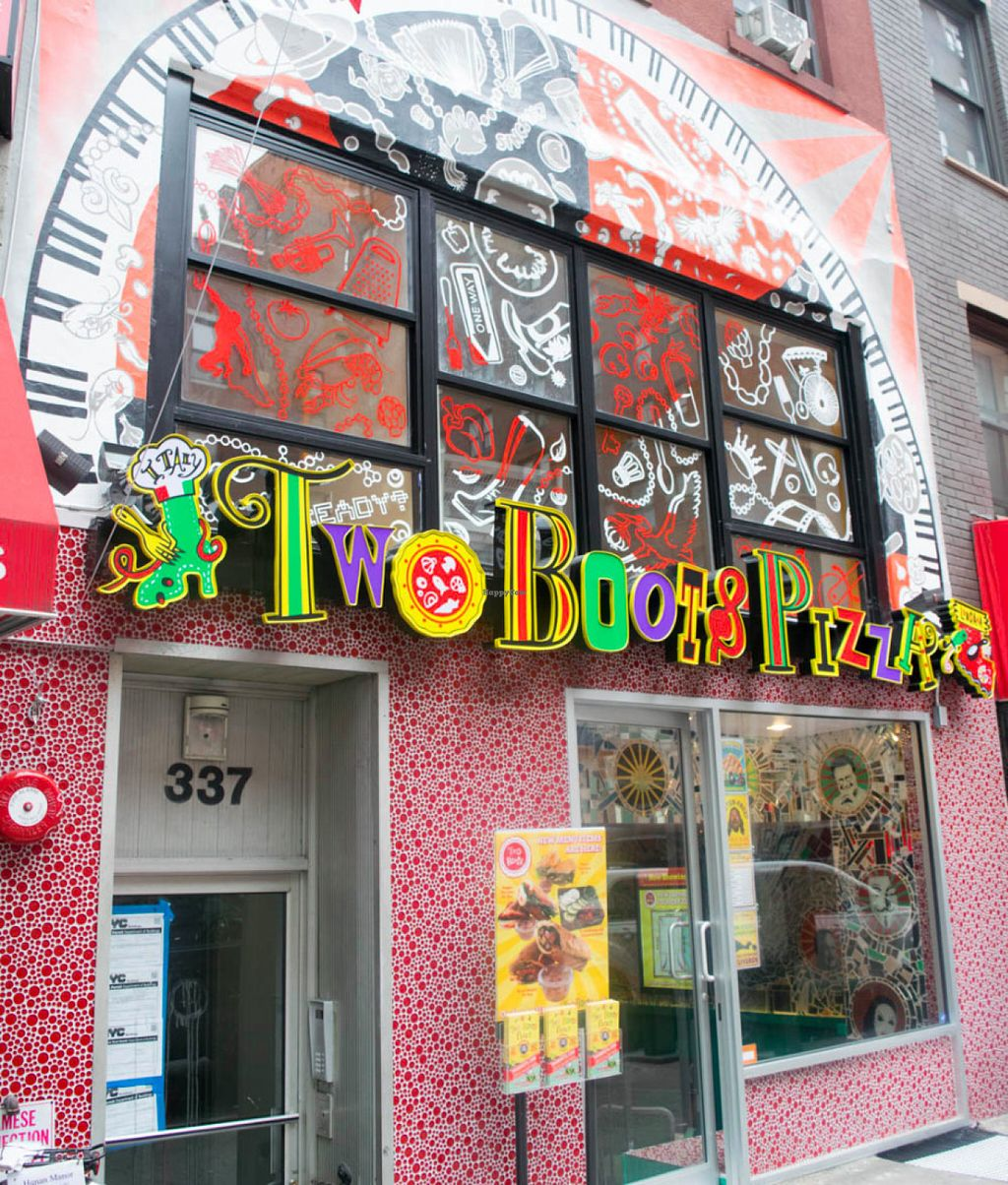 """Photo of Two Boots Pizza - Midtown East  by <a href=""""/members/profile/alevtina"""">alevtina</a> <br/>Storefront <br/> July 14, 2016  - <a href='/contact/abuse/image/76583/159869'>Report</a>"""