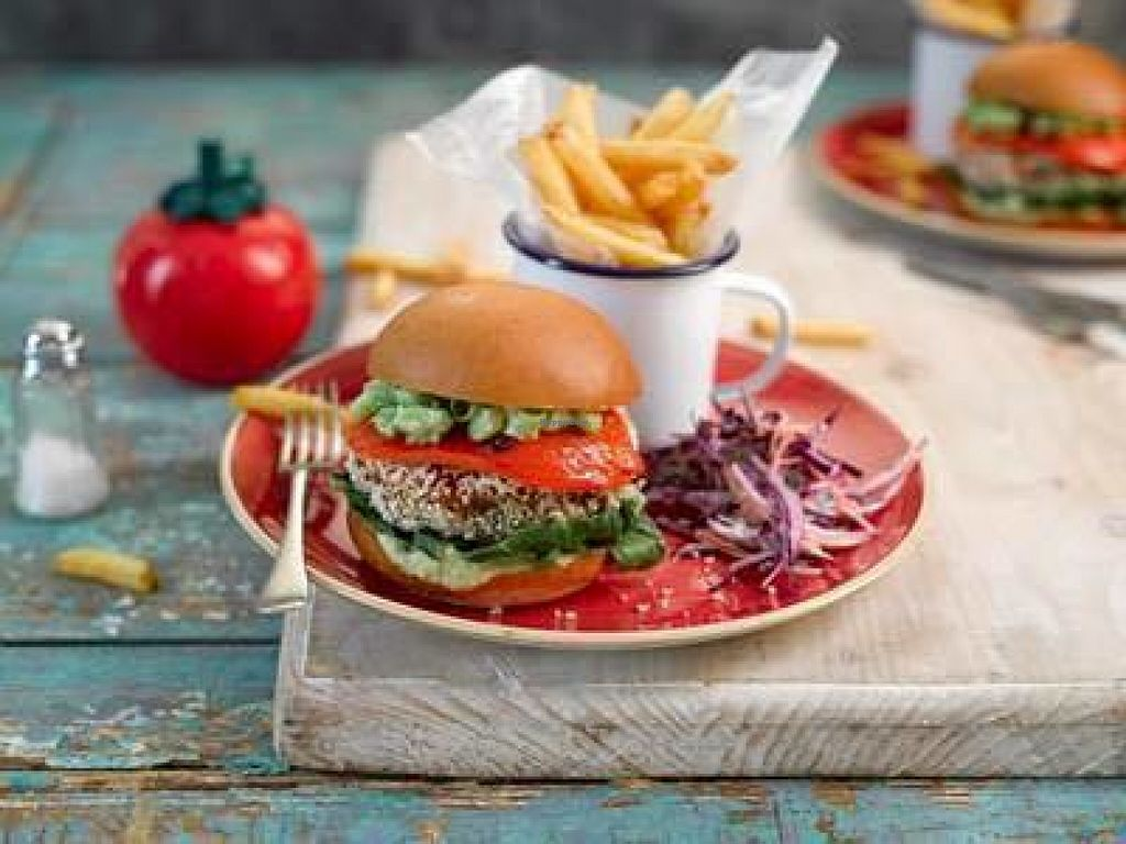 """Photo of Quinto Lounge  by <a href=""""/members/profile/Meaks"""">Meaks</a> <br/>Thai Bean Burger <br/> July 31, 2016  - <a href='/contact/abuse/image/76677/163984'>Report</a>"""