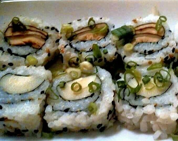 "Photo of Udon  by <a href=""/members/profile/Mally_"">Mally_</a> <br/>vegan rolls <br/> September 22, 2016  - <a href='/contact/abuse/image/76682/327311'>Report</a>"