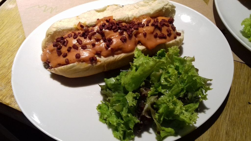 """Photo of Mooo  by <a href=""""/members/profile/SportifVegan"""">SportifVegan</a> <br/>Vegan Hot Dog, delicious <br/> January 15, 2018  - <a href='/contact/abuse/image/76695/346989'>Report</a>"""