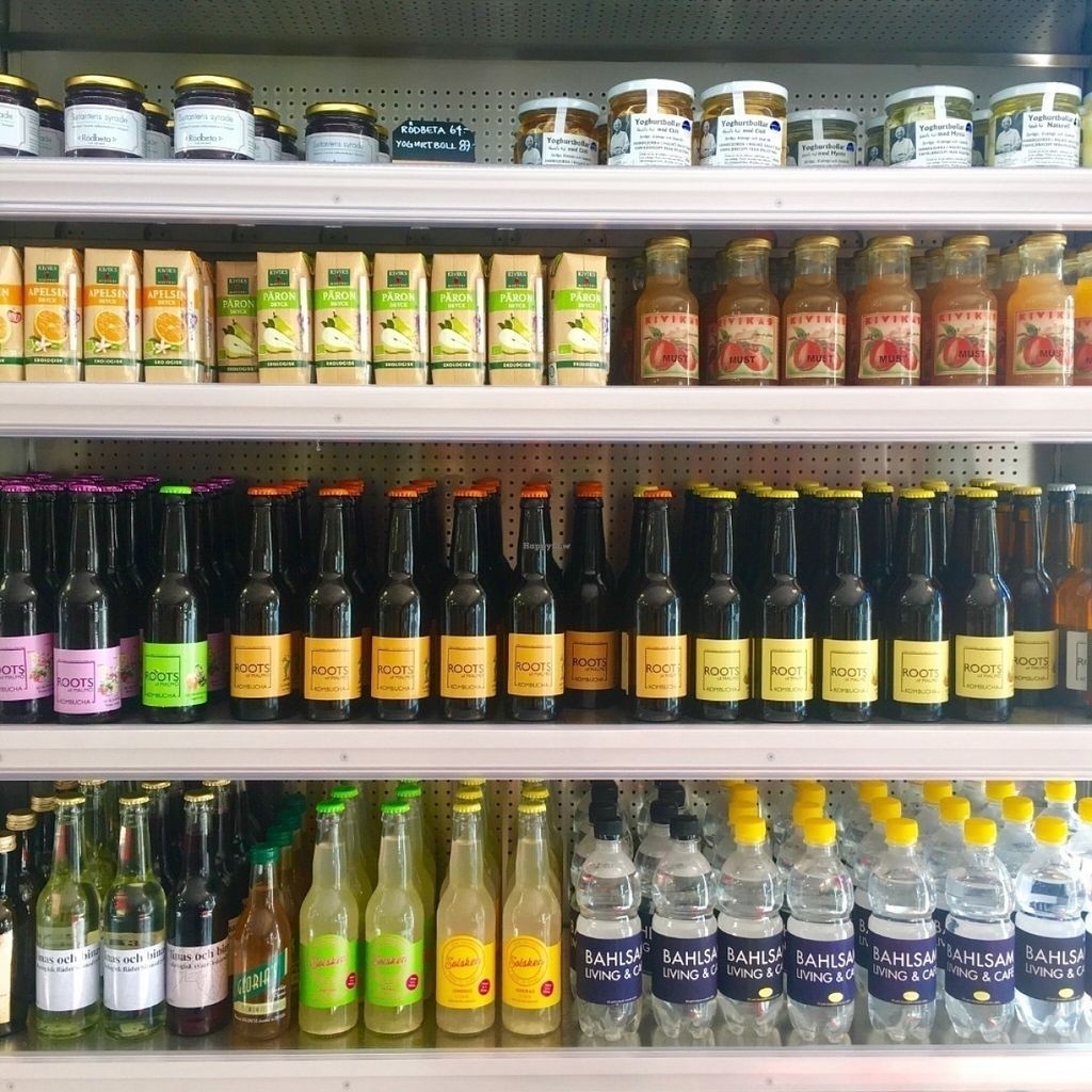 "Photo of Bahlsam Living and Cafe  by <a href=""/members/profile/AmandaBorneke"">AmandaBorneke</a> <br/>A lot of local and organic drinks  <br/> July 20, 2016  - <a href='/contact/abuse/image/76859/161218'>Report</a>"
