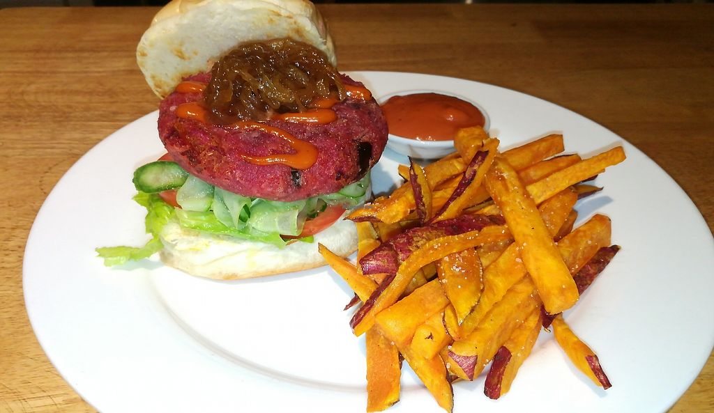 """Photo of The Veg G Table Cafe  by <a href=""""/members/profile/ThomNibbelin"""">ThomNibbelin</a> <br/>Beetroot Veggie Burger with Sweet Potato Chips <br/> August 24, 2017  - <a href='/contact/abuse/image/76909/296601'>Report</a>"""