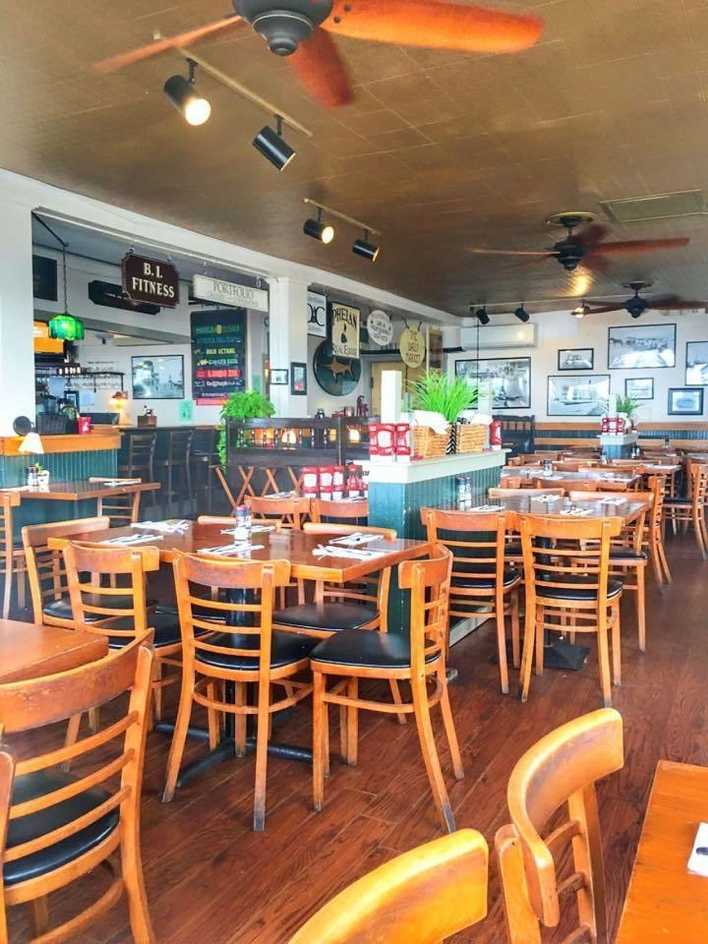 """Photo of Mohegan Cafe & Brewery  by <a href=""""/members/profile/community"""">community</a> <br/> inside Mohegan Cafe & Brewery <br/> March 5, 2017  - <a href='/contact/abuse/image/76969/232951'>Report</a>"""