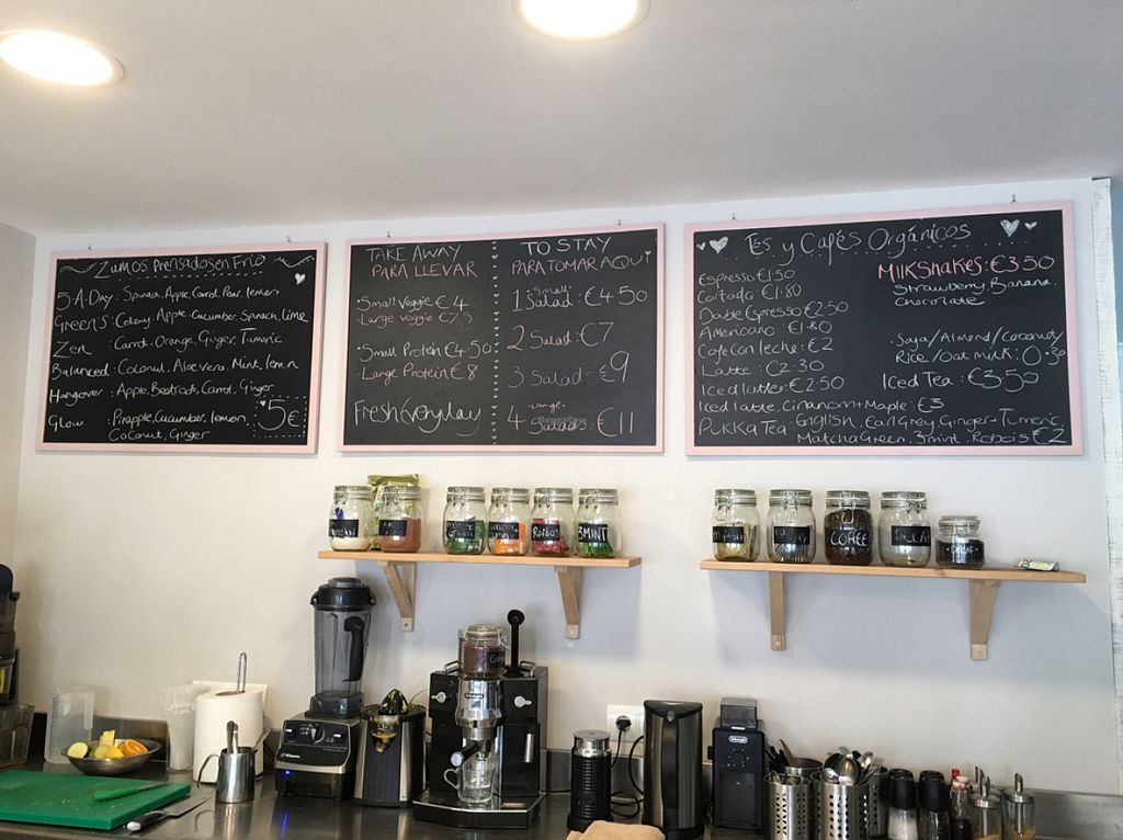 """Photo of Cocos Deli  by <a href=""""/members/profile/KylieJ"""">KylieJ</a> <br/>Fresh cold pressed juice and smoothies <br/> July 28, 2016  - <a href='/contact/abuse/image/76979/162907'>Report</a>"""