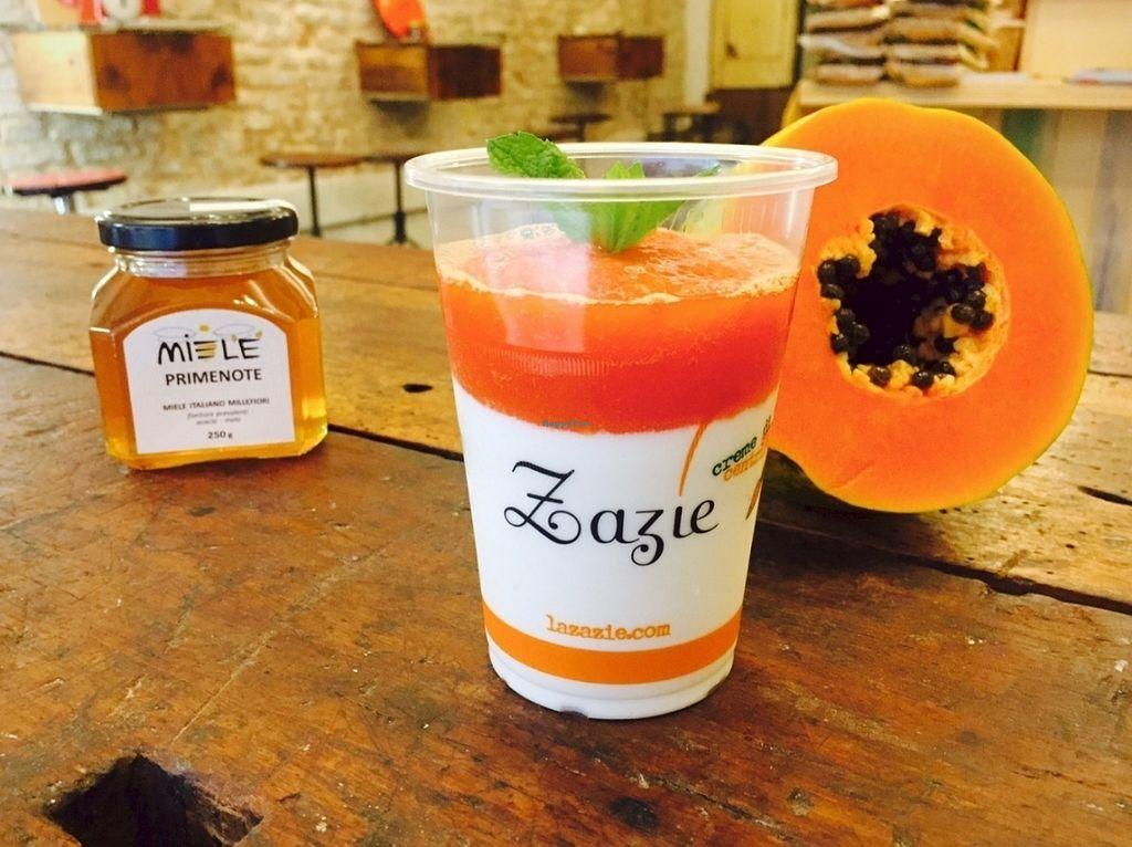 Photo of Zazie  by Flocca <br/>Cremoso di yogurt, miele e papaya <br/> July 30, 2016  - <a href='/contact/abuse/image/77065/163432'>Report</a>