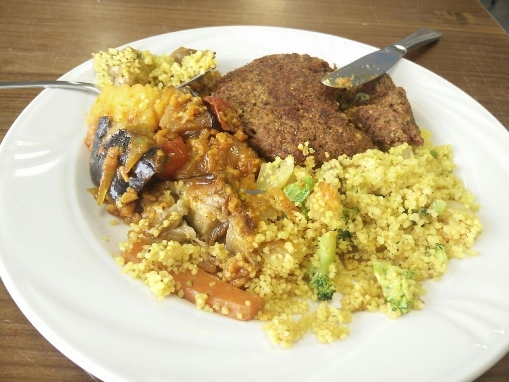 "Photo of CLOSED: Vegan Fresh  by <a href=""/members/profile/Edwin"">Edwin</a> <br/>couscous with broccoli, homemade burger and veggies  <br/> December 2, 2016  - <a href='/contact/abuse/image/77077/196571'>Report</a>"