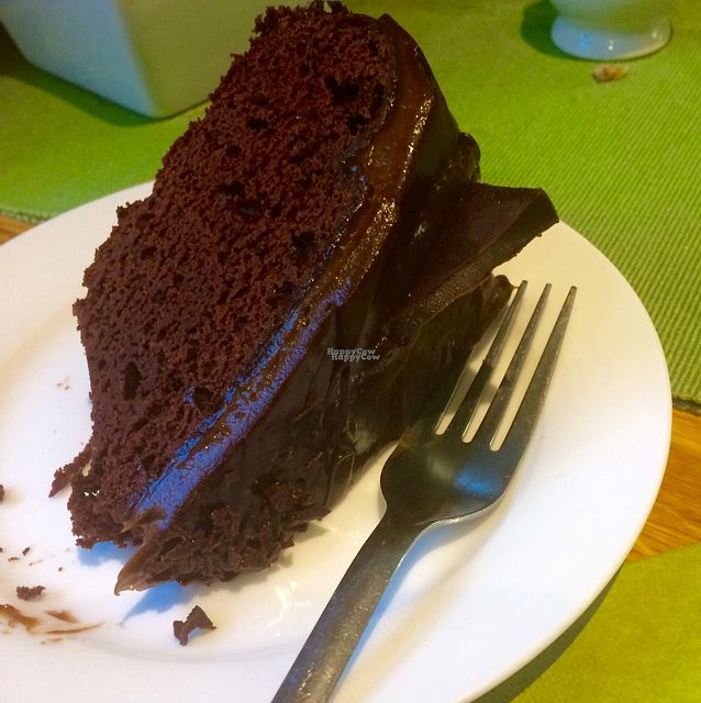 """Photo of Caffi Pura  by <a href=""""/members/profile/AliceSAysNo"""">AliceSAysNo</a> <br/>vegan chocolate & mint cake <br/> October 24, 2016  - <a href='/contact/abuse/image/77095/184080'>Report</a>"""