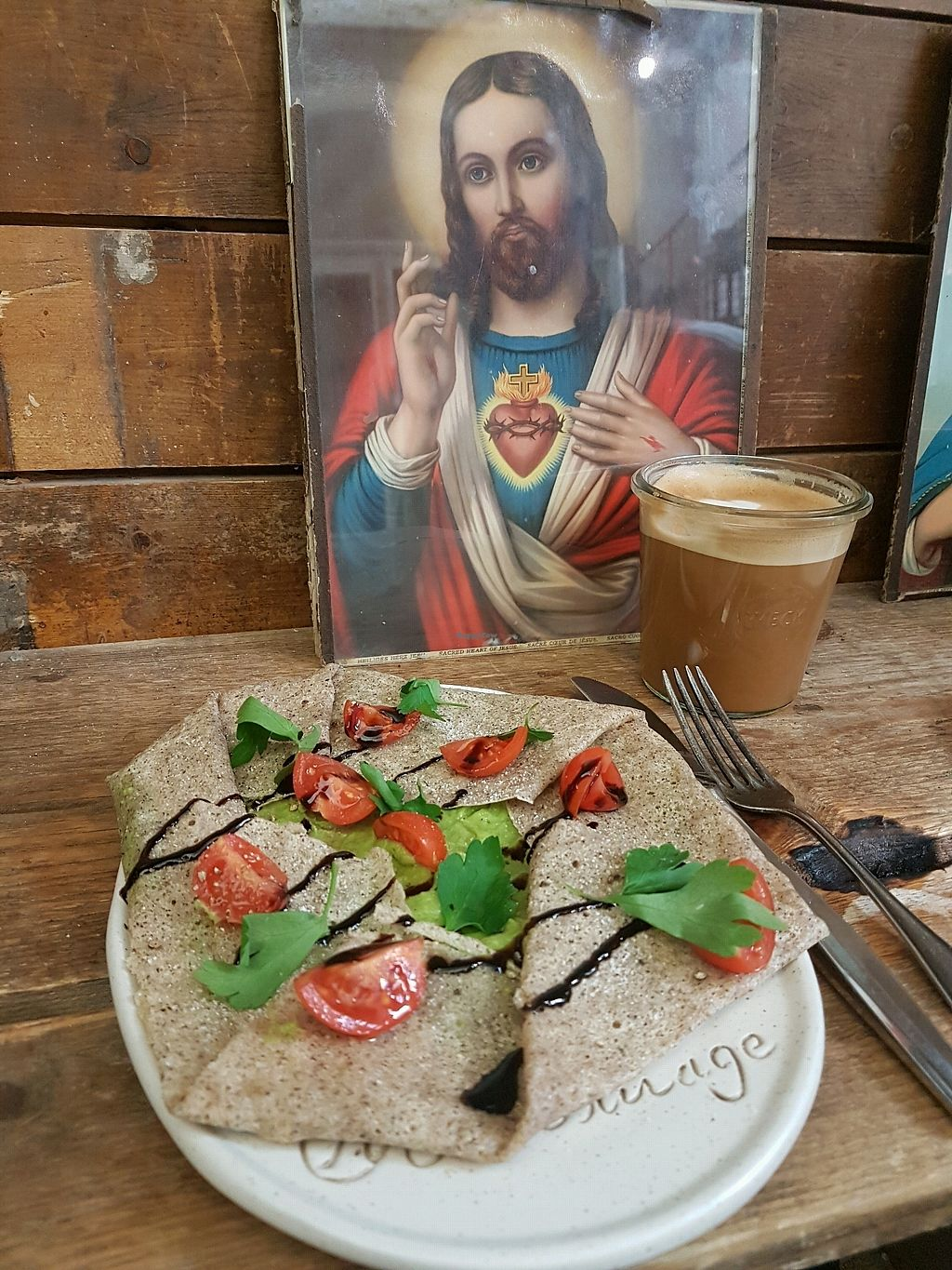 """Photo of Hommage  by <a href=""""/members/profile/vegan_healthy_woman"""">vegan_healthy_woman</a> <br/>Galette mit Avocado und Tomate <br/> March 20, 2018  - <a href='/contact/abuse/image/77129/373197'>Report</a>"""