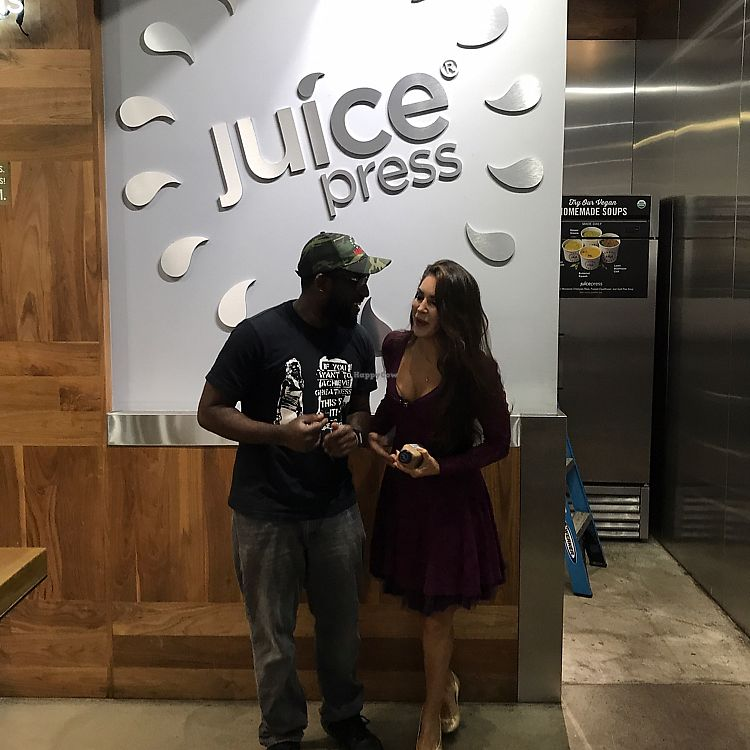 """Photo of Juice Press -  Murray St  by <a href=""""/members/profile/Miss.Saye"""">Miss.Saye</a> <br/>fun time w the staff  <br/> June 22, 2017  - <a href='/contact/abuse/image/77162/272288'>Report</a>"""
