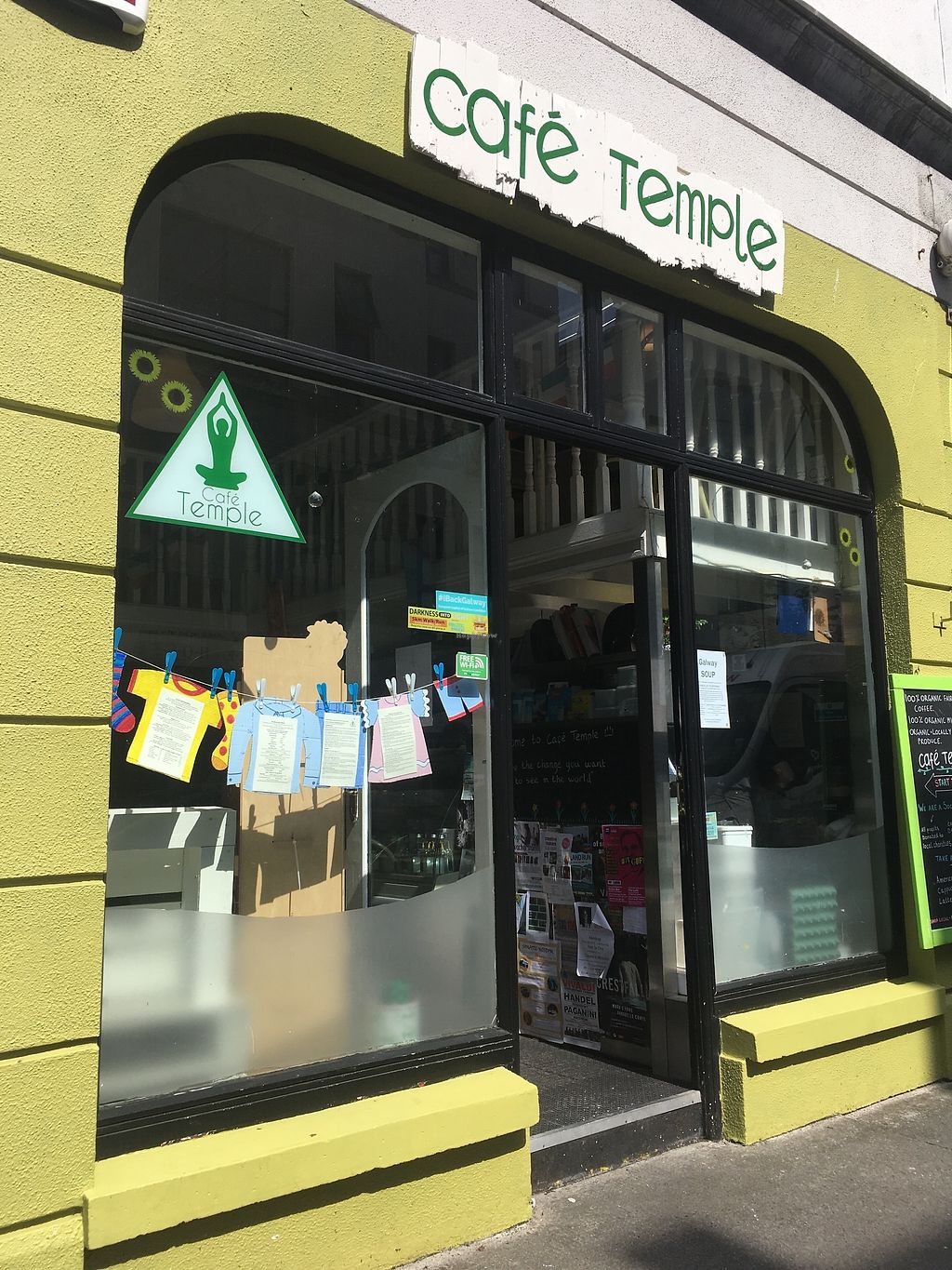 """Photo of Cafe Temple  by <a href=""""/members/profile/phashonkat"""">phashonkat</a> <br/>The front of the cafe <br/> July 25, 2017  - <a href='/contact/abuse/image/77378/284581'>Report</a>"""