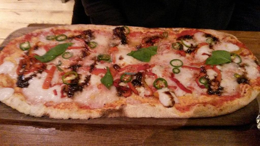 """Photo of Zizzi  by <a href=""""/members/profile/deadpledge"""">deadpledge</a> <br/>Rustica margarita pizza with chillis, peppers and balsamic caramelised onions topping <br/> February 21, 2017  - <a href='/contact/abuse/image/77383/228938'>Report</a>"""