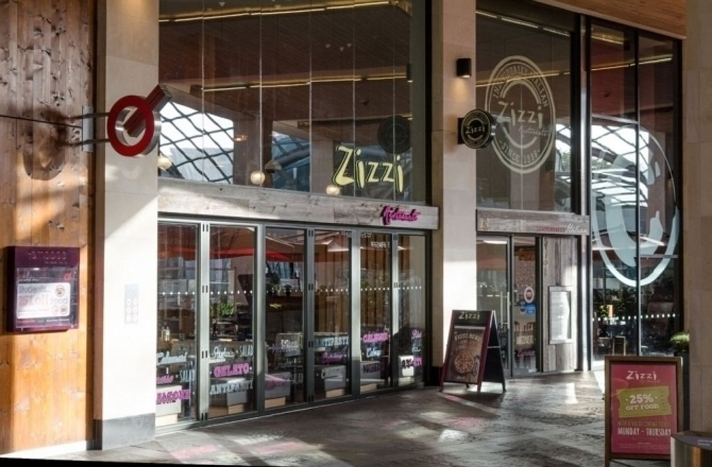 """Photo of Zizzi - Bristol Cabot Circus  by <a href=""""/members/profile/Meaks"""">Meaks</a> <br/>Zizzi <br/> August 11, 2016  - <a href='/contact/abuse/image/77411/167779'>Report</a>"""