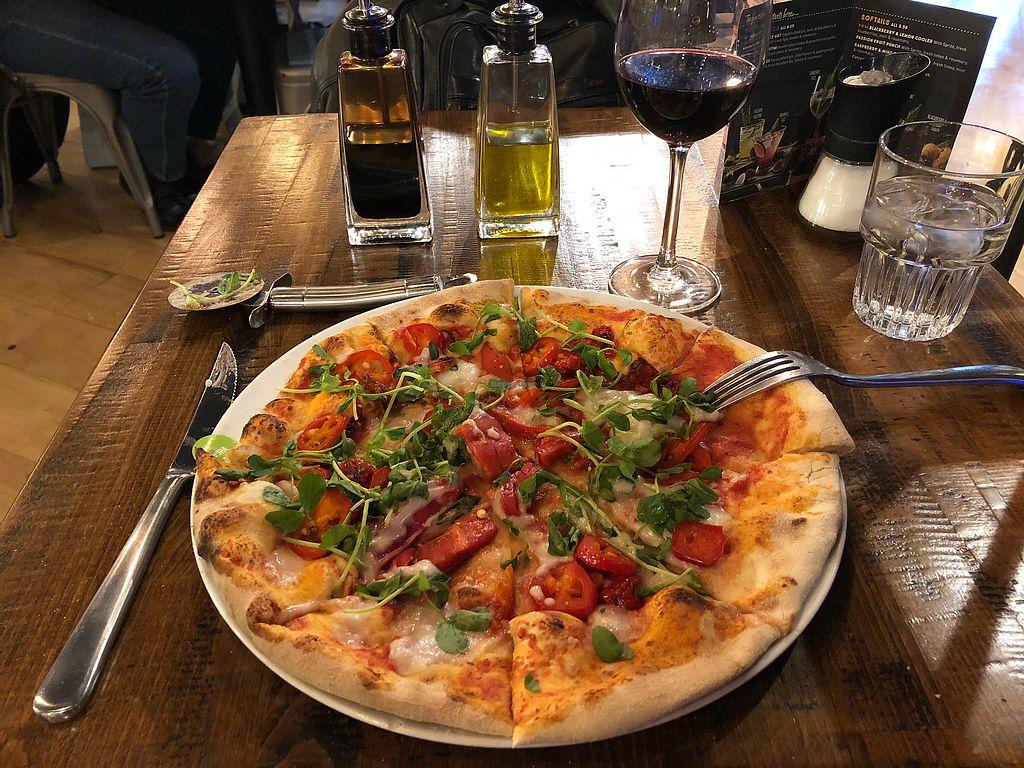 "Photo of Zizzi   by <a href=""/members/profile/scotteg"">scotteg</a> <br/>Vegan pepperonata pizza <br/> February 11, 2018  - <a href='/contact/abuse/image/77413/357919'>Report</a>"