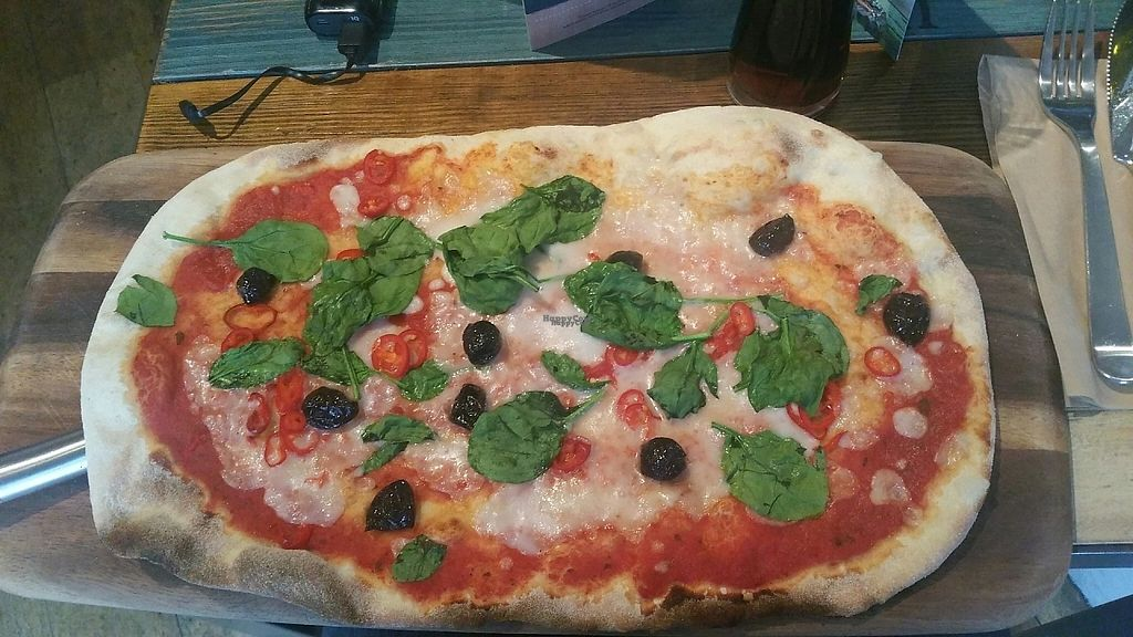"""Photo of Zizzi - East Molesey  by <a href=""""/members/profile/jollypig"""">jollypig</a> <br/>Vegan pizza <br/> April 30, 2017  - <a href='/contact/abuse/image/77451/254237'>Report</a>"""
