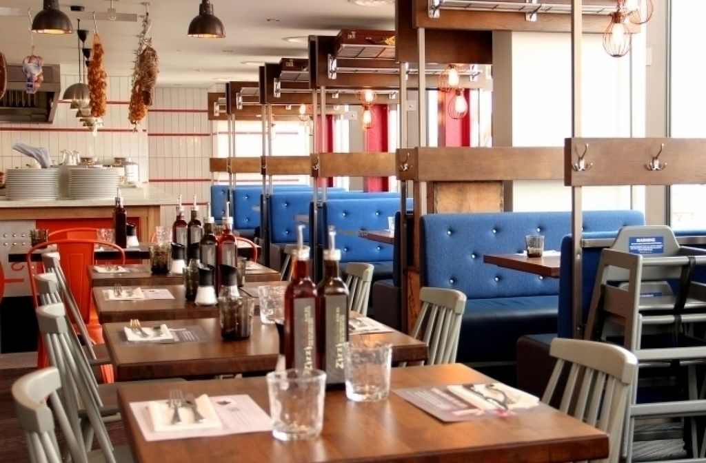 """Photo of Zizzi - Greenwich  by <a href=""""/members/profile/Meaks"""">Meaks</a> <br/>Zizzi - Greenwich <br/> August 17, 2016  - <a href='/contact/abuse/image/77487/169463'>Report</a>"""