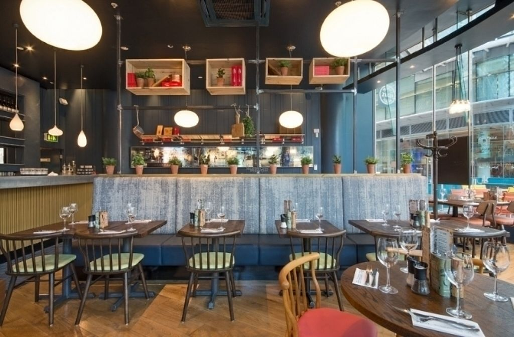 "Photo of Zizzi - Victoria  by <a href=""/members/profile/Meaks"">Meaks</a> <br/>Zizzi <br/> August 14, 2016  - <a href='/contact/abuse/image/77505/168728'>Report</a>"