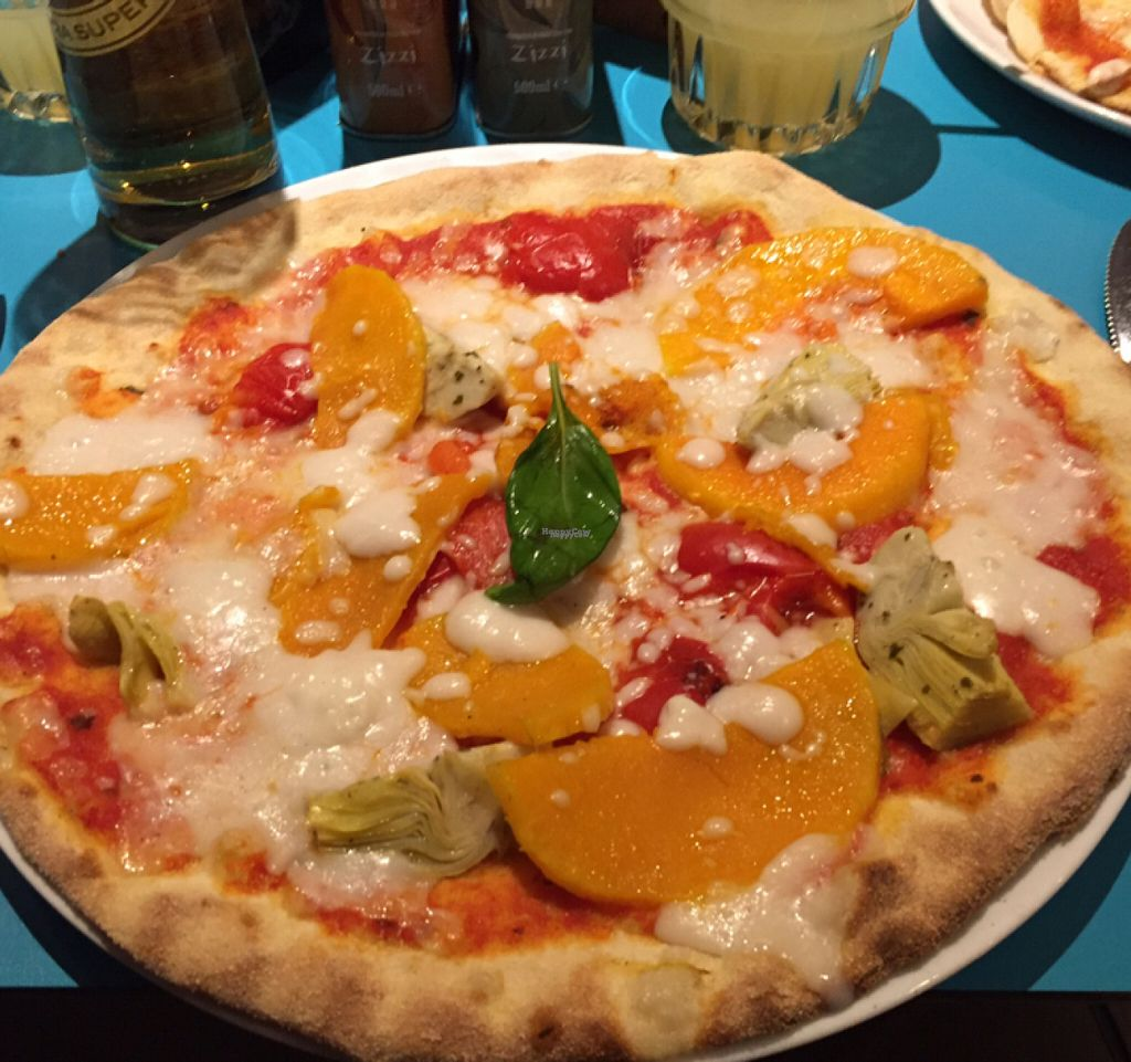 "Photo of Zizzi  by <a href=""/members/profile/Chris_D"">Chris_D</a> <br/>Vegan pizza <br/> August 14, 2016  - <a href='/contact/abuse/image/77561/168585'>Report</a>"