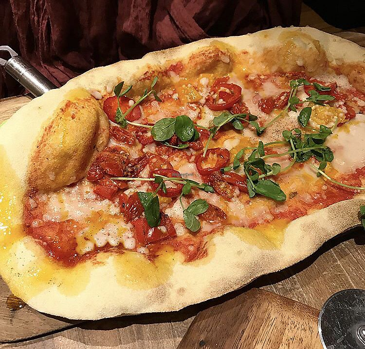 "Photo of Zizzi  by <a href=""/members/profile/_vegayn_"">_vegayn_</a> <br/>Margherita rustica with chillis.  <br/> April 11, 2018  - <a href='/contact/abuse/image/77561/384135'>Report</a>"