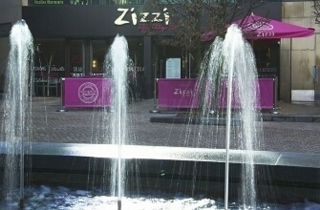 """Photo of Zizzi - Leopold Square  by <a href=""""/members/profile/Meaks"""">Meaks</a> <br/>Leopold Square <br/> July 30, 2016  - <a href='/contact/abuse/image/77569/163254'>Report</a>"""