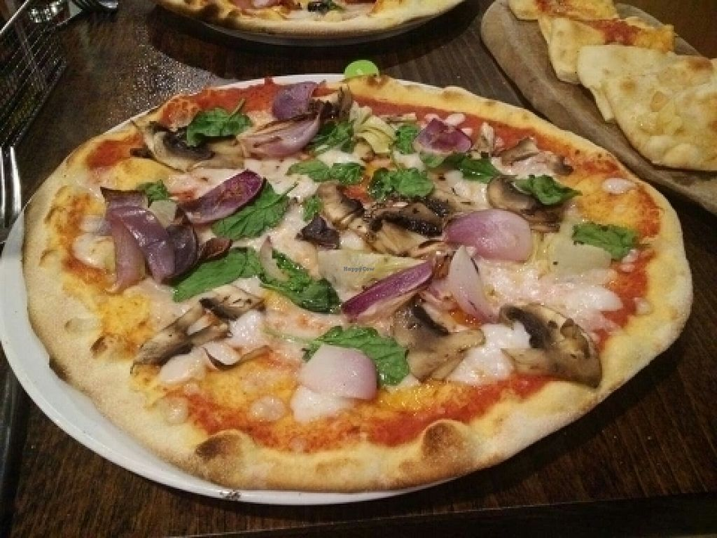 "Photo of Zizzi - Meadowhall  by <a href=""/members/profile/Meaks"">Meaks</a> <br/>Vegan Pizza <br/> July 30, 2016  - <a href='/contact/abuse/image/77570/163253'>Report</a>"