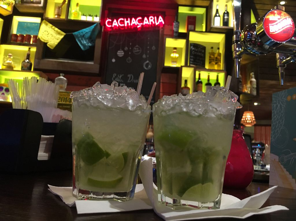 "Photo of Las Iguanas   by <a href=""/members/profile/hack_man"">hack_man</a> <br/>it's Capi time  <br/> December 17, 2016  - <a href='/contact/abuse/image/77638/202221'>Report</a>"