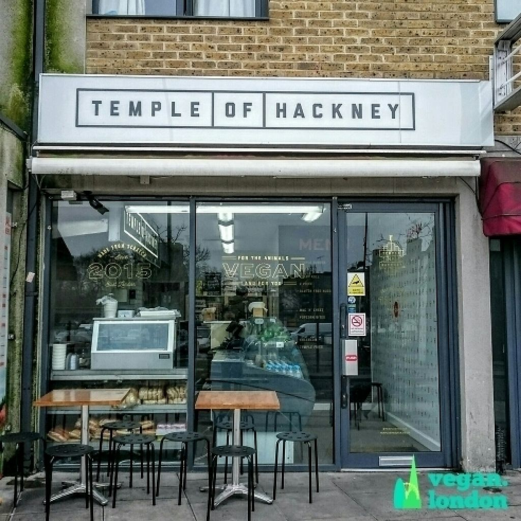 """Photo of Temple of Hackney  by <a href=""""/members/profile/robz"""">robz</a> <br/>Temple of Hackney shop front  <br/> January 14, 2017  - <a href='/contact/abuse/image/77702/211873'>Report</a>"""