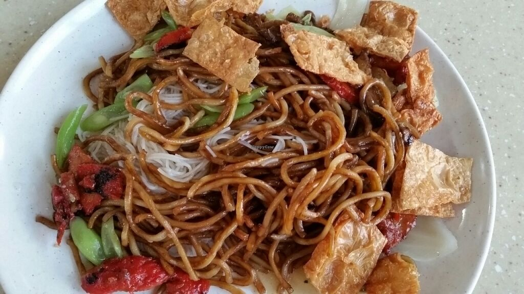 """Photo of Miao Xin Vegetarian - Yuhua Village  by <a href=""""/members/profile/JimmySeah"""">JimmySeah</a> <br/>economic noodle and vermicelli  <br/> July 31, 2016  - <a href='/contact/abuse/image/77712/163994'>Report</a>"""