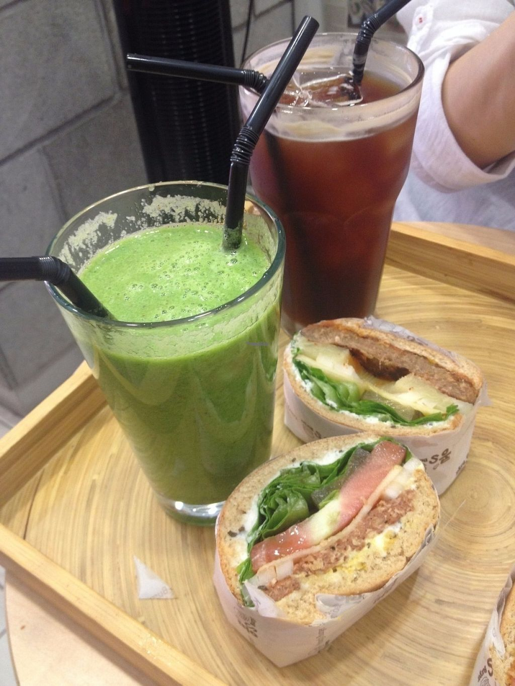"""Photo of CLOSED: Kong's Burger - Jungangdong  by <a href=""""/members/profile/Emomeow"""">Emomeow</a> <br/>Kale green smoothie, Iced Americano, Kong's steak burger, Kong's double burger <br/> August 1, 2016  - <a href='/contact/abuse/image/77724/164180'>Report</a>"""