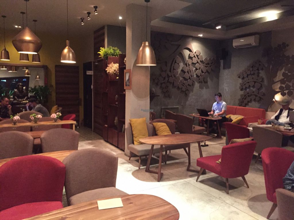 """Photo of The Fig Lounge & Coffee  by <a href=""""/members/profile/SusanRoberts"""">SusanRoberts</a> <br/>The fig, indoor seating <br/> August 2, 2016  - <a href='/contact/abuse/image/77828/164696'>Report</a>"""