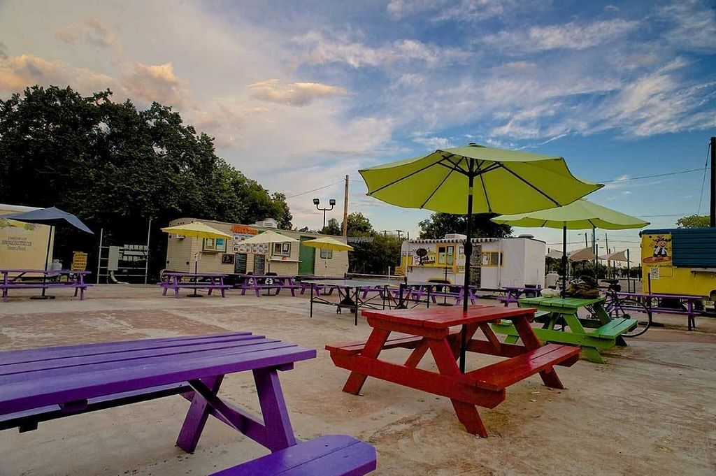 """Photo of St Pita's - Food Trailer  by <a href=""""/members/profile/WarNeverChangesX"""">WarNeverChangesX</a> <br/>Mobile Park Eatery <br/> August 3, 2016  - <a href='/contact/abuse/image/77879/165108'>Report</a>"""