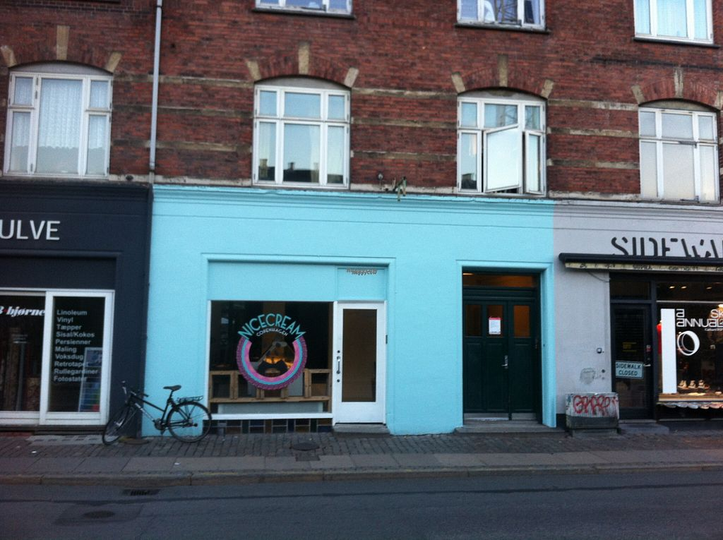 """Photo of Nicecream - temporarily closed  by <a href=""""/members/profile/piffelina"""">piffelina</a> <br/>Cute storefront at Nicecream <br/> August 3, 2016  - <a href='/contact/abuse/image/77904/165135'>Report</a>"""